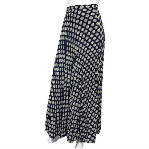 Banana Republic Navy Leaf Pleated Maxi Skirt Sz-6